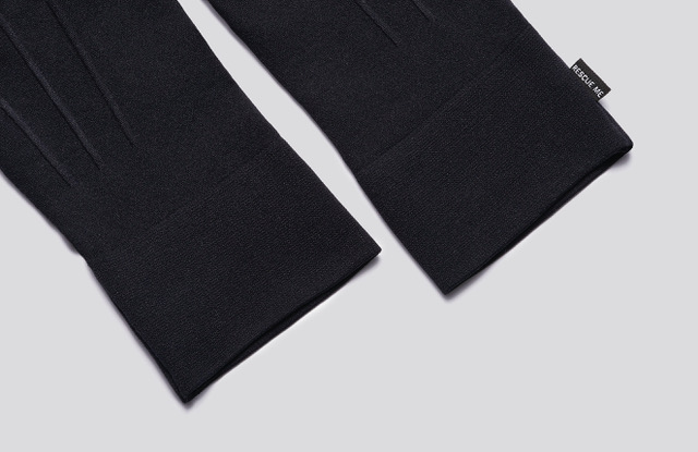 Black cloth gloves, opening detail